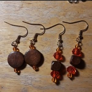 Jewelry - Wooden earring set. Gold